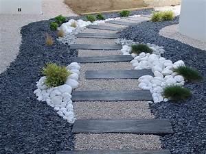 decorer son jardin avec des pierres 1 dalles galets et With ordinary allee de jardin en galet 8 nos realisations de jardin et amenagement dexterieur en