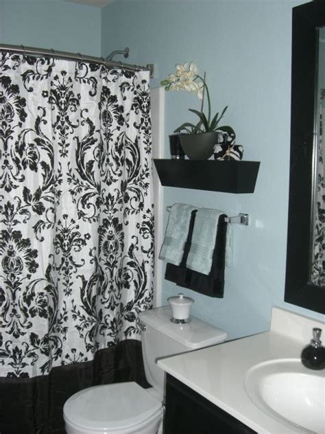 blue black bath i wanted to brighten up my guest bathroom