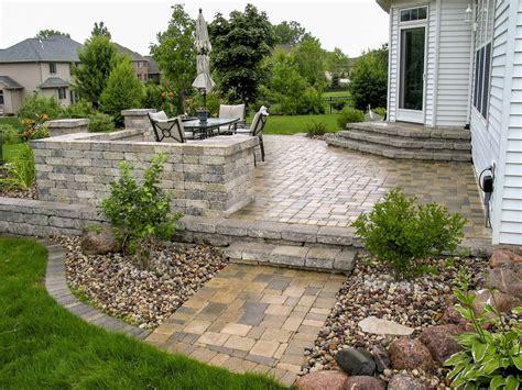 landscaping design  patios walkways  paths