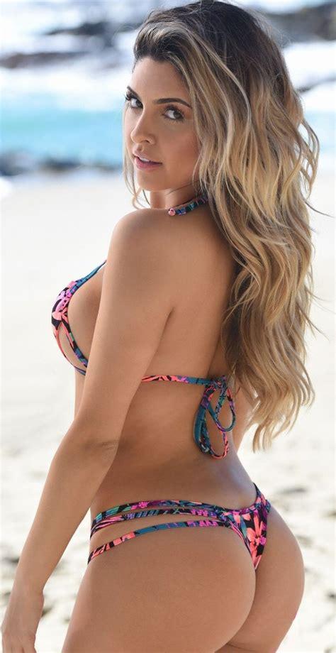 rene russo en bikini super hot bikini babe babes bikinis bikini girls sexy