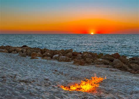 venice fl beach campfire sunset water elevation usa florida sun caspersen map waves orange firey sunsets rocks yellow