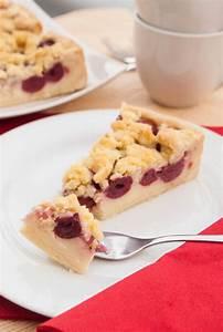 Kirschkuchen Blech Pudding : einfacher streuselkuchen mit kirschen ~ Lizthompson.info Haus und Dekorationen