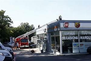 Fiat La Valette : photos les images spectaculaires de l 39 incendie de la carrosserie fiat la valette var matin ~ Gottalentnigeria.com Avis de Voitures