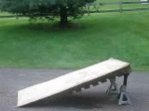 Homemade skate ramp - YouTube