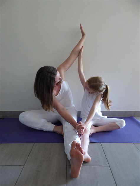 eltern kind yoga familienyoga manuyoga  luxembourg