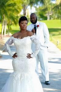 Sexy mermaid long sleeve white wedding dress off shoulder for Plus size wedding dresses dallas