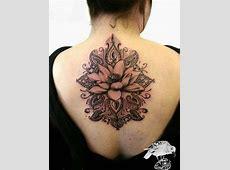 Tatouage Oeillet Bras Tattoo Art
