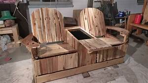 Party Like Pros: 2-person Pallet Recliner Has Built-in Ice