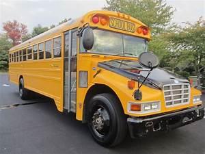 2005 Blue Bird Vision School Bus 7708 - School Buses  Bluebird Buses