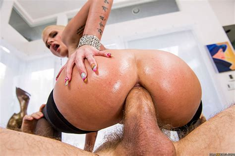 Bald Girl Anal Sex Shaved Head And Bald Women Porn