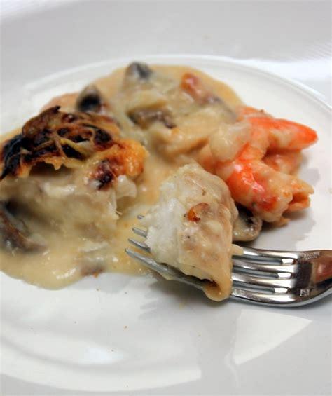 gratin de pates aux crevettes gratin de poisson aux crevettes chignons torchons serviettes