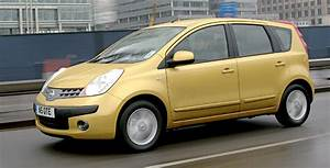 Nissan Note 2006 : nissan note 2006 review auto express ~ Carolinahurricanesstore.com Idées de Décoration