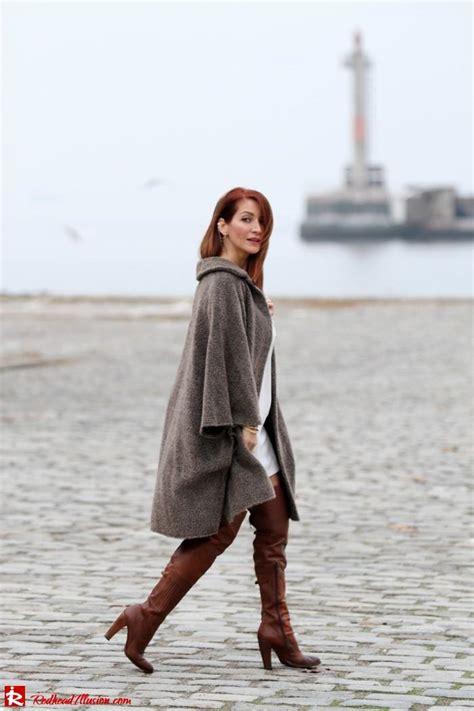 Redhead Illusion At The Port
