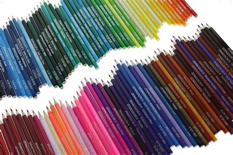 120 Coloured Pencils With Metal Box