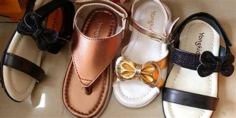Toko Online Sepatu Nevada. Connexion. Fladeo. St. Yves. Yongki. Cole Merk Sepatu Kulit Pria Import Untuk Kantor Nevada Andrew Bata Keren Murah Kerja Wanita Coklat Gambar Roda