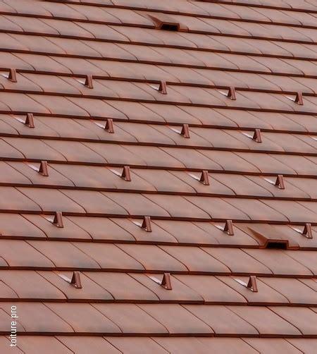 type de tuiles prix d une toiture en tuile les vrais chiffres 2019