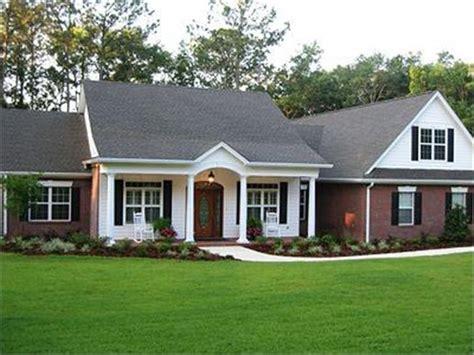 ranch style homes  ranch house plan   big comeback