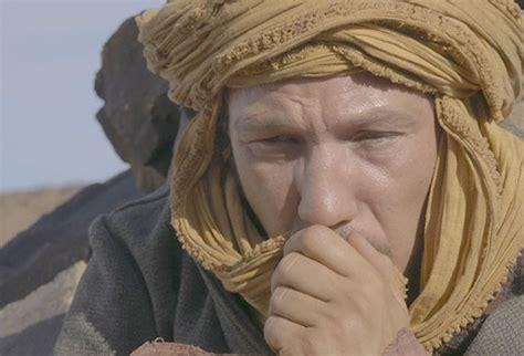 reda kateb pere loin des hommes pr 232 s du cœur avec viggo mortensen