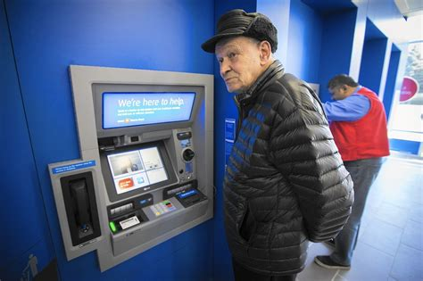 bmo harris bank debuts smart branch  chicago chicago
