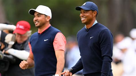 Golf: Classy Tiger Woods giving coach-less Jason Day tips