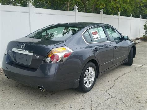 grey nissan altima 2011 nissan altima s 74 835 miles grey 2 5l continuously