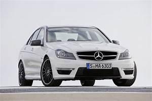 Mercedes Benz Clase C63 AMG Sport Sedán 2012: precio, ficha técnica, imágenes y rivales Lista