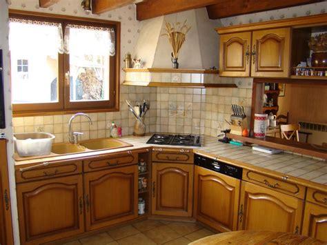 cuisines rustiques bois relooker une cuisine rustique en moderne relooker une