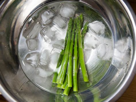 blanching vegetables are the rules of big pot blanching true serious eats