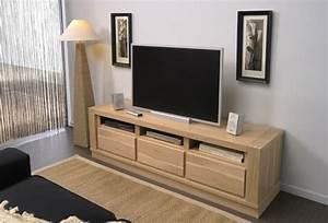 Meubles De Salon En Bois : le meuble massif est il convenable pour l 39 int rieur ~ Teatrodelosmanantiales.com Idées de Décoration