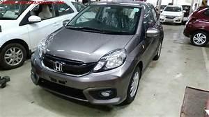 Honda Brive : honda brio facelift with new interior spied at indian dealer ~ Gottalentnigeria.com Avis de Voitures