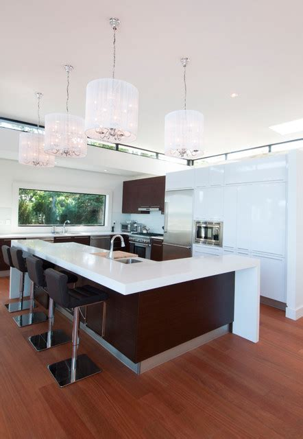 kitchens with small islands htons waterfront 6646