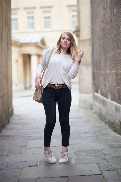 black skinny jeans  nike roshe  gucci belt raindrops  sapphire