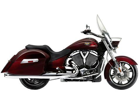 2010 Victory Cross Roads Motorcycle Desktop Wallpaper