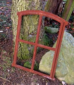 Glasscheiben Für Zimmertüren : aus gusseisen gefertigte eisenfen sind nach historischen originalfenstern gefertigt ~ Frokenaadalensverden.com Haus und Dekorationen