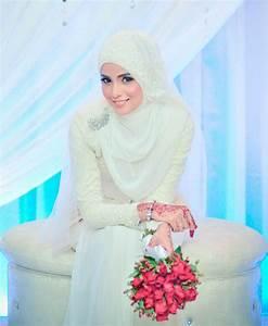 110+ Muslim Bridal Wedding Dresses with Sleeves & Latest ...