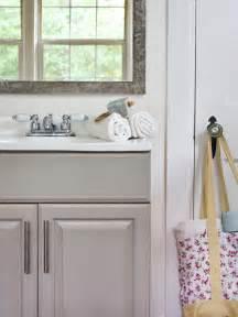 Decorating Small Bathrooms by 20 Small Bathroom Design Ideas Hgtv