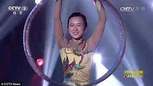 Incredible footage shows record-breaking Chinese acrobat ...