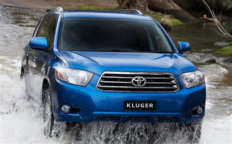 The toyota kluger, known as the toyota highlander in north america, is a crossover suv assembled by toyota under the toyota brand name in its kyūshū, japan assembly plant and its ikeda, osaka, japan assembly plant during 2008 and present. Toyota Kluger wallpapers and images - wallpapers, pictures ...