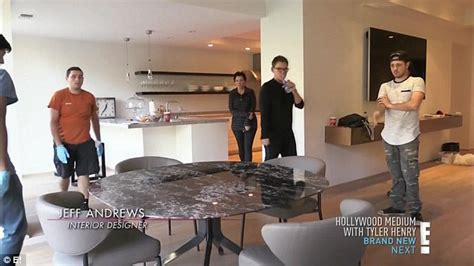 Kris Jenner Home Interior by Kris Jenner Out Of Family Home To Give