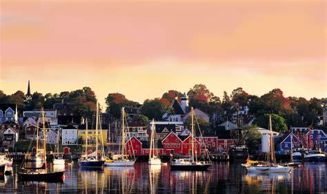 scotia nova canada holidays destinations lunenburg harbour