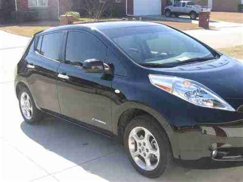 Total Electric Cars by Buy Used 2011 Total Electric Nissan Leaf In Florence
