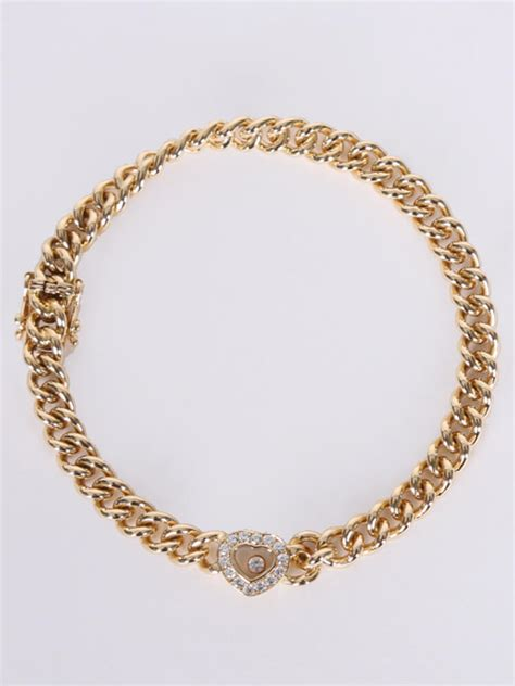 Chopard  Happy Diamond Heart 18kt Yellow Gold Bracelet. Simple Dress Watches. 2 Carat Diamond Ring With Diamond Band. Homemade Watches. Patek Philippe Watches. Anniversary Ring Bands. Beads Wholesale Online. Neil Lane Rings. Womans Wedding Band