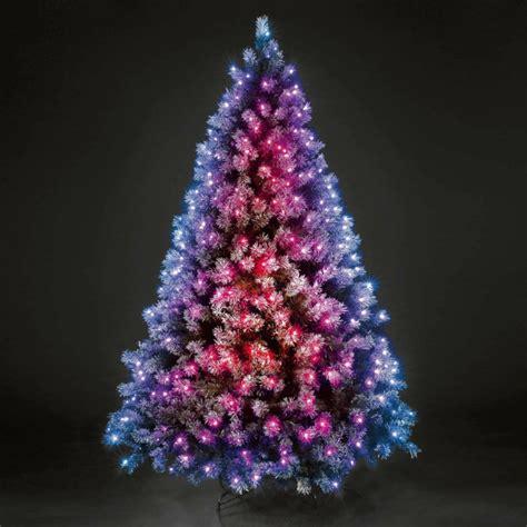 Weihnachtsbaum Mit Led Beleuchtung Weihnachtsbaum Mit Beleuchtung 40 Unikale Fotos