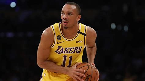 Lakers Sign Former Michigan Star Zavier Simpson as Free ...