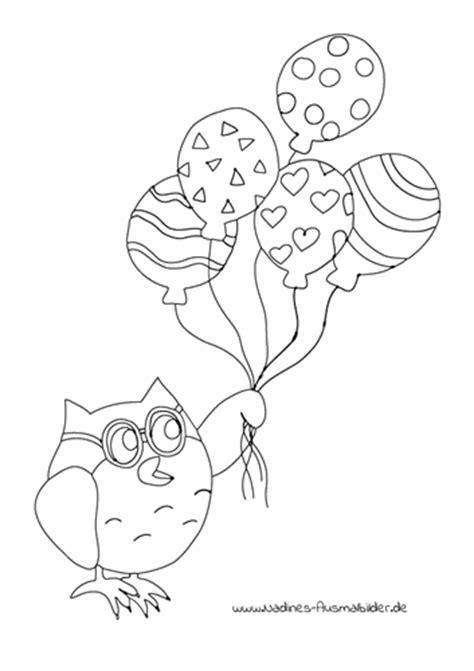 eule eumil fliegt mit bunten luftballons nadines