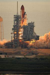 HD Space Shuttle Leaving Earth - Pics about space