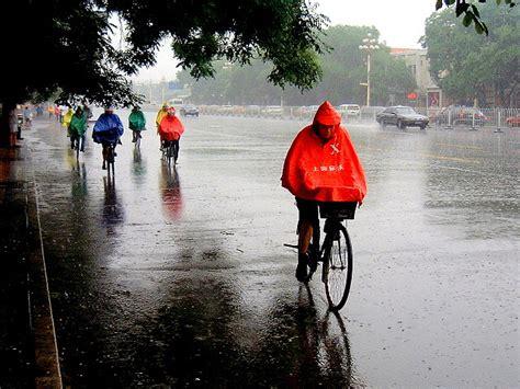 best breathable cycling rain best cycling jacket 2016 guide waterproof windproof