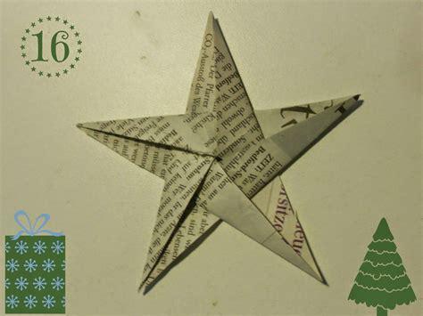diy weihnachtliche origami sterne aus zeitungspapier