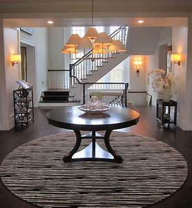 Elegant, Round, Foyer, Table, In, Entry, Traditional, With, Pedestal, Table, Next, To, Round, Entry, Table