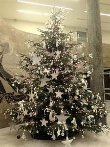 Schleifen Für Weihnachtsbaum : weihnachtsbaum geschm ckt silber my blog ~ Whattoseeinmadrid.com Haus und Dekorationen